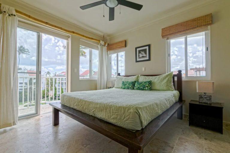 pic-14-master-bedroom