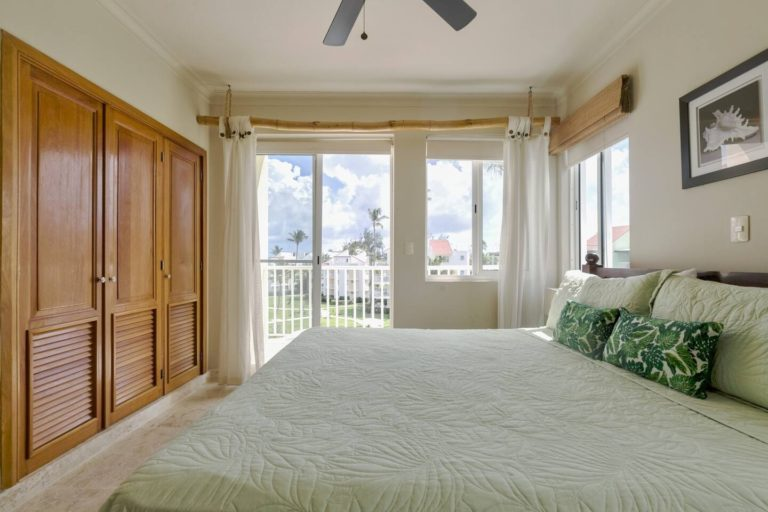 pic-15-master-bedroom-view