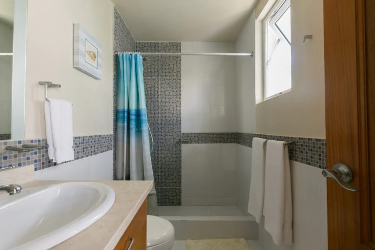 pic-16-bathroom1